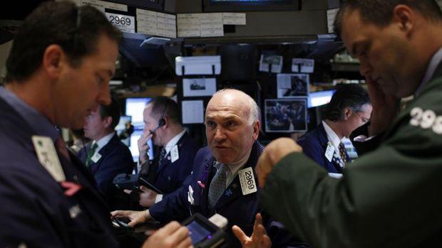 """Küresel Piyasalar: Hisseler """"banka"""" endişeleri ile sert d..."""