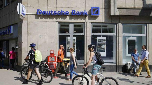 Deutsche Bank Almanya'da 100 civarında şube kapatacak