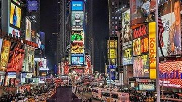 New York Times Meydanı'ndaki yılbaşı kutlaması Kovid-19 n...