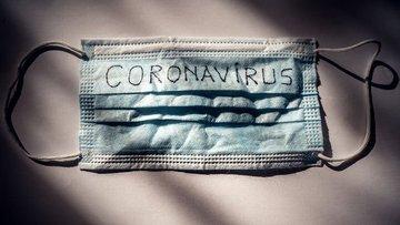 Koronavirüs salgınında bir milyondan fazla kişinin hayatı...