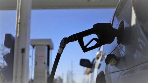 Benzine 14 kuruş zam yapıldı