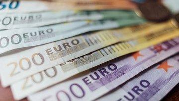 Euro Bölgesi'nde nakit fazlası ilk kez 3 trilyon euroyu aştı
