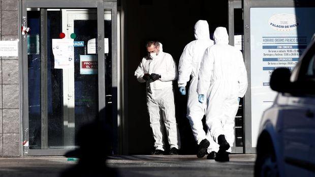 İspanya'da Kovid-19 vakaları nedeniyle serbest dolaşım kısıtlaması getirildi