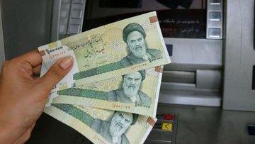 İran'da dolar ilk kez 30 bin tümeni aşarak yeni bir rekor...