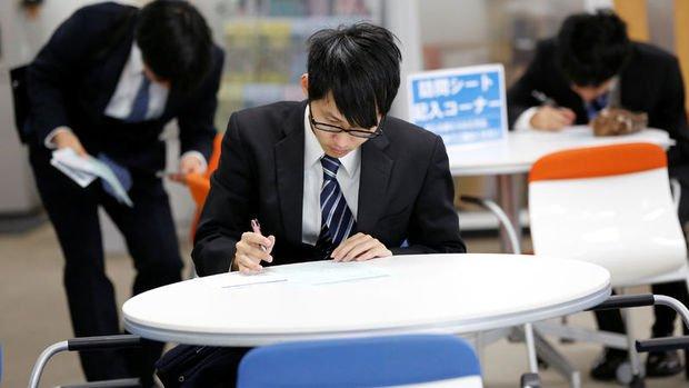 Japonya'da işsizlik oranı yüzde 3'e çıktı