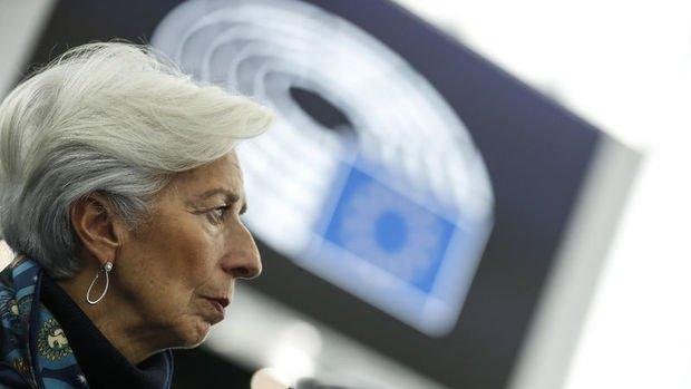 Lagarde: Koronavirüs tedbirleri toparlanmaya risk oluşturuyor