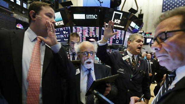 ABD'de endeksler teşvik paketi açıklamasının ardından düşüşle kapandı