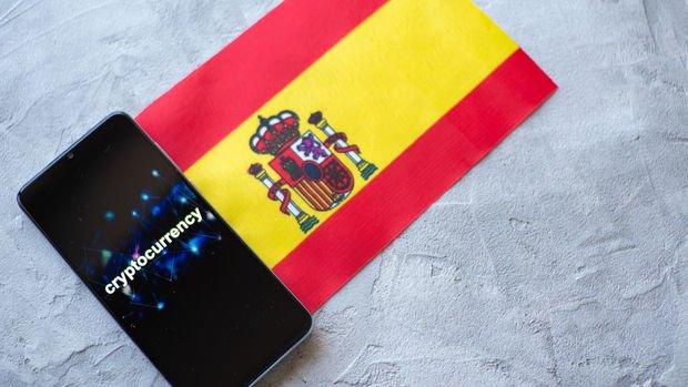 İspanyol milletvekillerine 1'er euroluk Bitcoin gönderildi