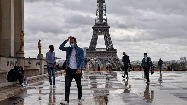 Fransa'da sokağa çıkma yasağı geri geldi