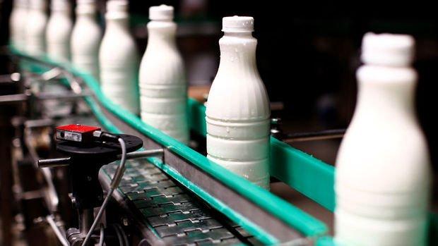 Süt üreticileri kendilerine ilk kez kapılarını açan Çin'de kalıcı olmak istiyor
