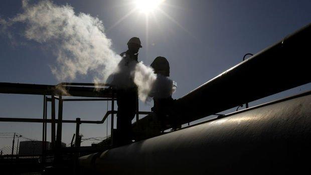Petrolde arz artışının ertelenmesi planı