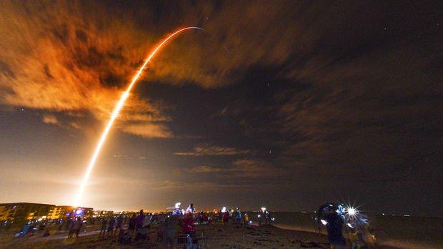 SpaceX yeni görev için uzaya gönderildi