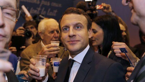 Macron: AB kendi ayakları üzerinde durmalı