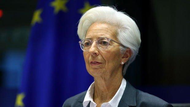 Lagarde: Mali teşvik paketinin hemen uygulanması gerekiyor