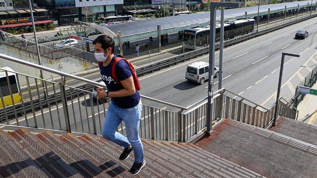 Türkiye'de yeni koronavirüs hasta sayısında rekor kaydedildi