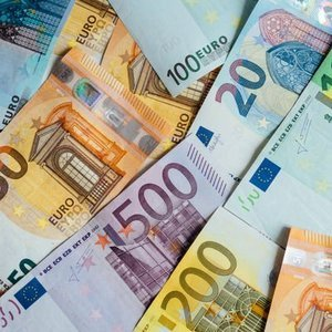 AMB BANKALARI UYARDI: KREDİ KARŞILIKLARININ ARTMASI GEREKECEK