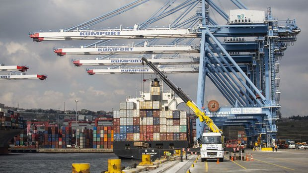 Öncü dış ticaret açığı Kasım'da hızlı arttı