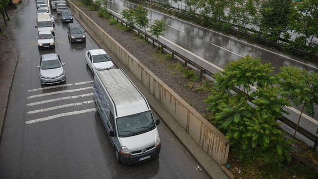 Trafik sigortasında 'tavan fiyat' 2021'de de devam edecek