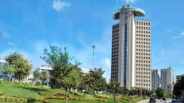 Moody's 12 Türk bankasının yabancı para mevduat notunu yükseltti