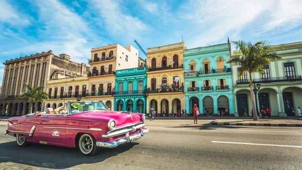 Küba ikili kur sisteminden vazgeçiyor