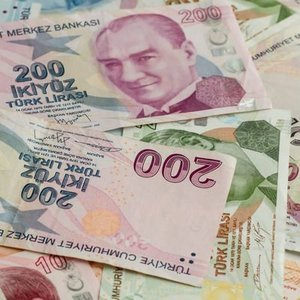 TÜRKİYE'NİN RİSK PRİMİ 400 BAZ PUAN SINIRINDA