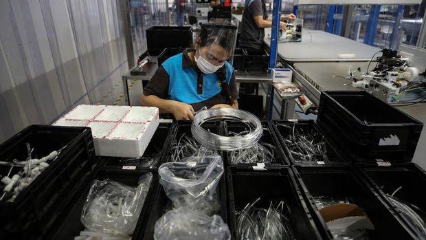 Sanayi üretimi Ekim'de beklentiyi aştı