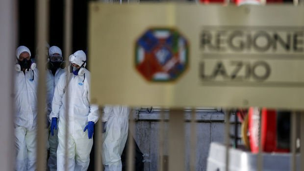 Avrupa'da virüs kısıtlamaları sıkılaştırılıyor