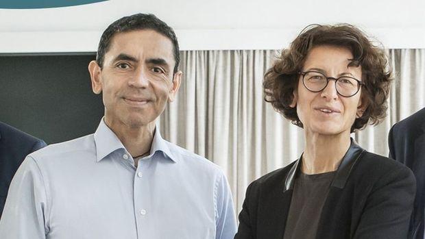 Financial Times, Uğur Şahin ve Özlem Türeci'yi 'Yılın Kişisi' seçti