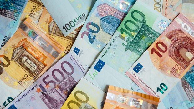 Euro Bölgesi'nde tüketici fiyatlarındaki zayıf seyir sürüyor