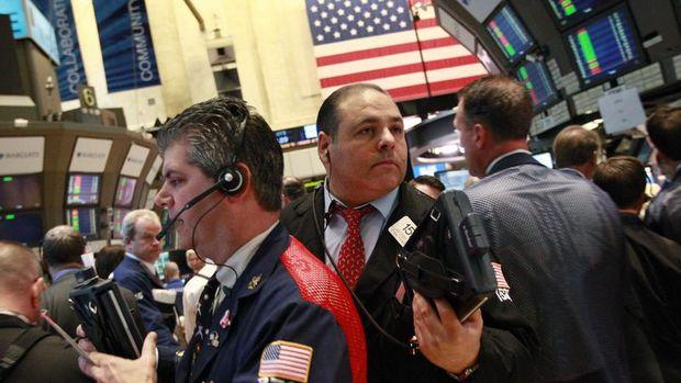 Dolar yükseldi, hisse piyasaları düştü