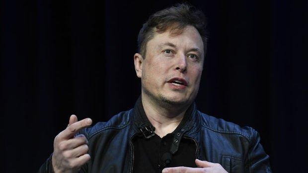 Elon Musk: Tesla'yı Apple'a satmaya çalıştım