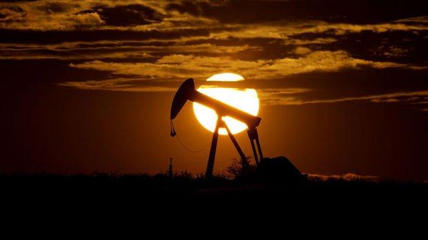 Petrol, Şubat'tan sonra ilk defa 55 doların üstünde