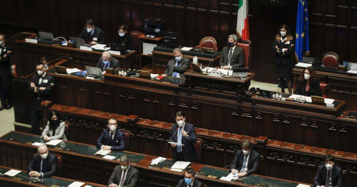 İtalya Başbakanı Conte milletvekillerinden destek istedi