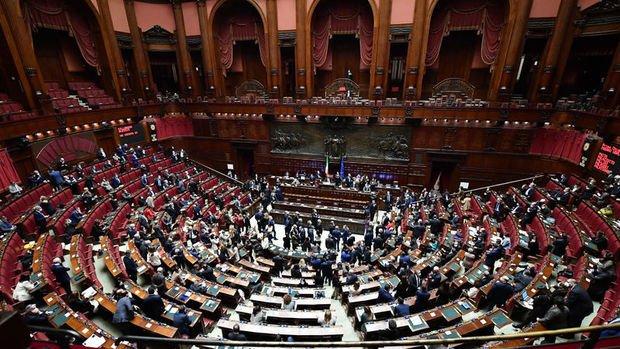 İtalya'da Conte hükümeti Senato'da güvenoyu arayacak