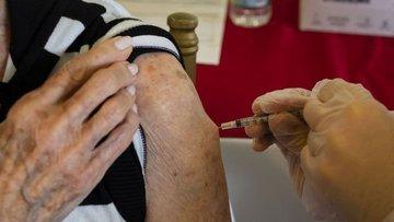 Koronavirüs aşısında ikinci gruba başlandı