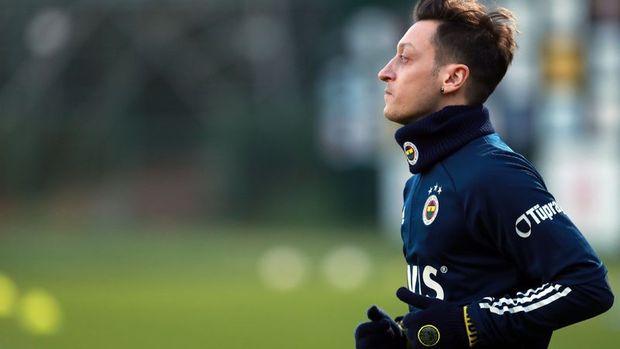Fenerbahçe KAP'a Mesut Özil'in ücretini bildirdi