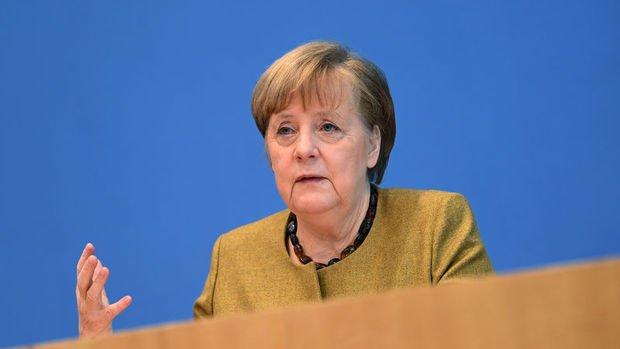 Merkel: Dünya çok taraflı değerlere dönmeli