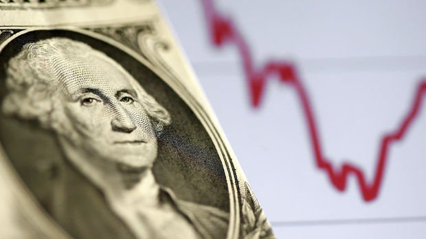 TL, beklentiyi aşan enflasyona rağmen artıda