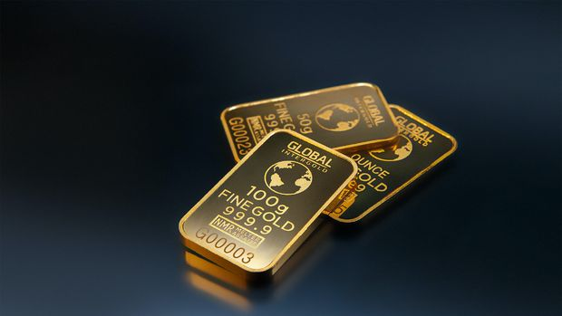 Altın yeni haftanın yönünü arıyor