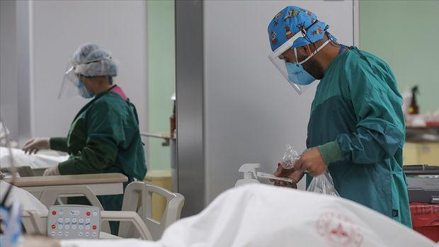 Türkiye'de son 24 saatte 7 bin 857 kişinin Kovid-19 testi pozitif çıktı, 80 kişi hayatını kaybetti