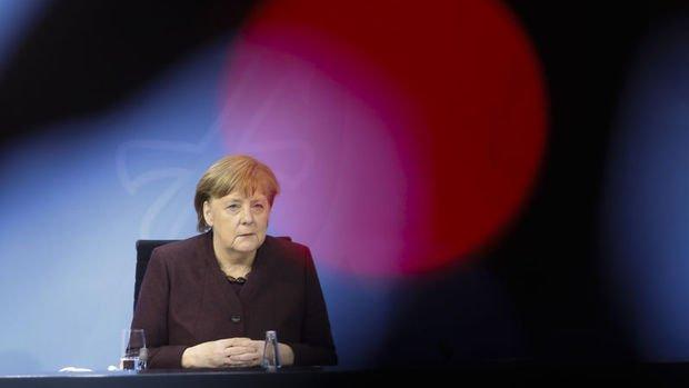 Almanya 50 milyar euro ek borçlanma planlıyor