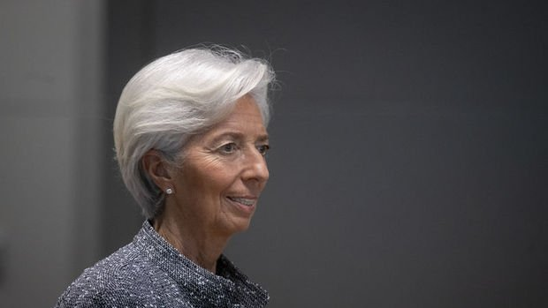 Lagarde: Uzun vadeli tahvil getirilerini yakından izliyoruz