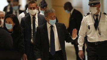 Eski Fransa Cumhurbaşkanı Sarkozy yolsuzluktan suçlu bulundu