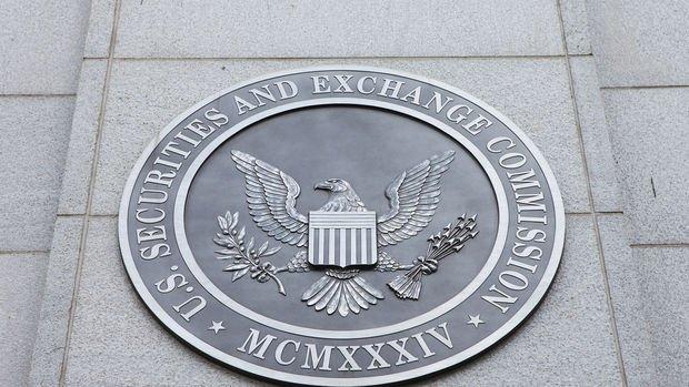 ABD, Çinli şirketleri borsadan çıkaracak yasayı uygulamaya başladı