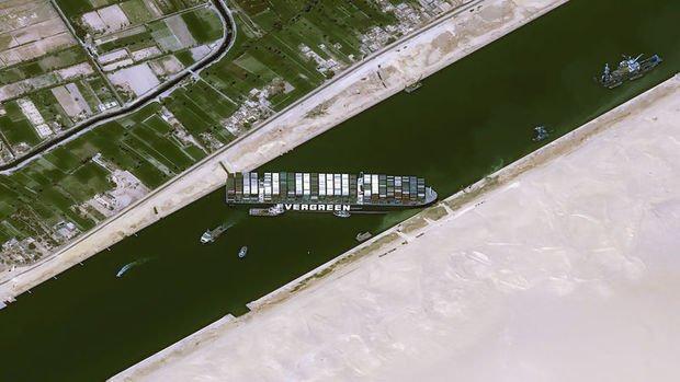 Süveyş Kanalı'ndaki kaza petrol fiyatlarını neden çok fazla etkilemedi?