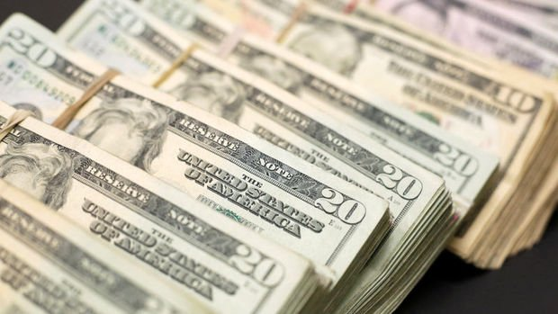 Döviz mevduatlarında 8,1 milyar dolarlık düşüş
