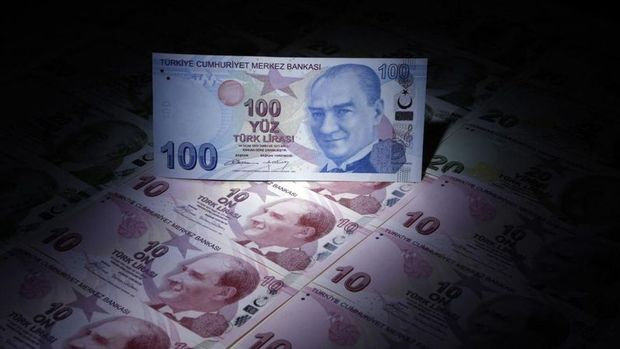 IIF Türk Lirası için adil değerini korudu