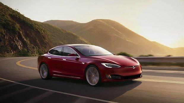 Tesla'nın ilk çeyrek teslimatları beklentileri aştı