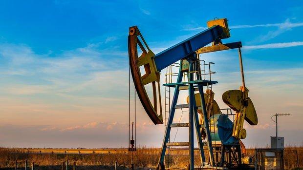 Petrol ekonomik büyüme beklentileriyle kazançlarını korudu