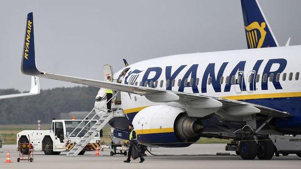 Ryanair'den karantinaların havayolu trafiğini düşüreceği uyarısı